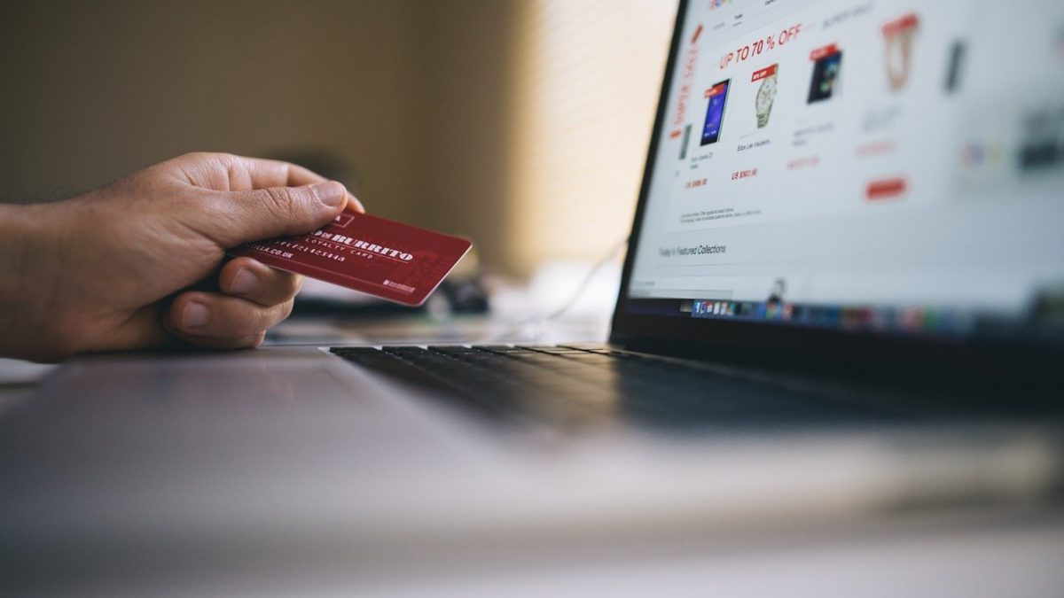 Why Should Businesses Sell Services with WooCommerce?